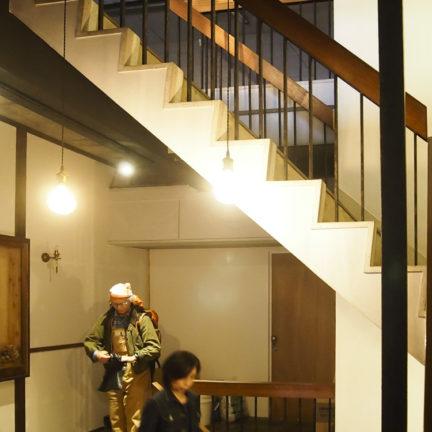 タカラヤビル階段