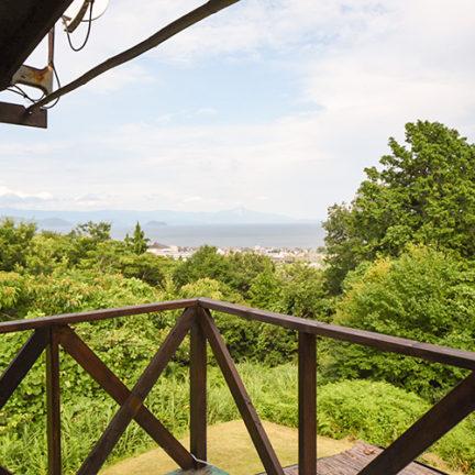2階ベランダより琵琶湖を眺める